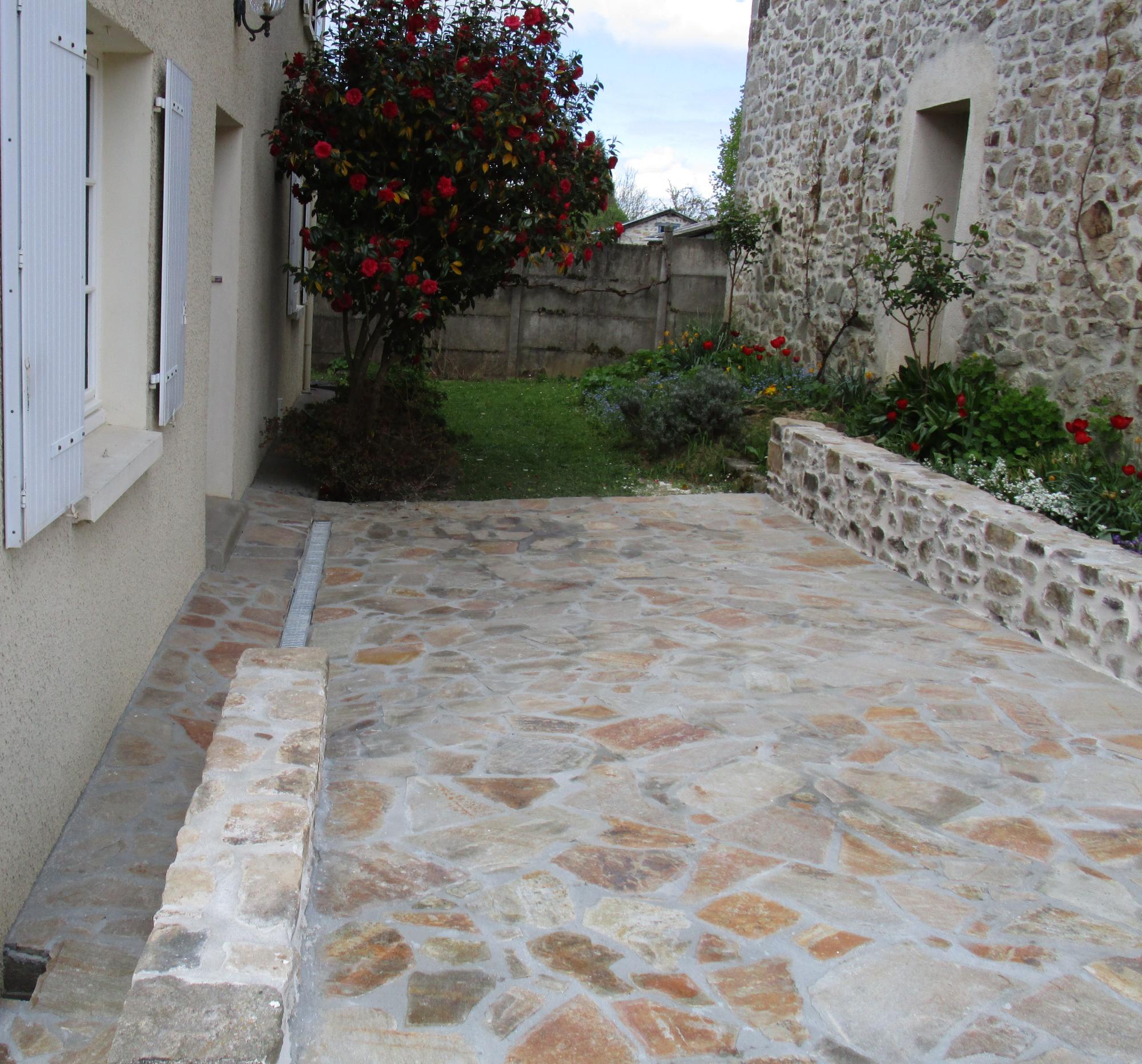Extérieur terrasse et muret